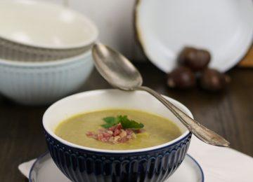 Feine Maronencremesuppe. Wärmendes Essen für den Herbst.