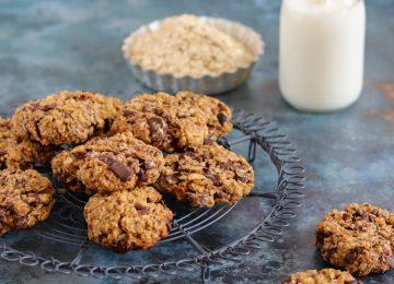 Chewy Cookies mit Haferflocken, Schokolade und Kokos