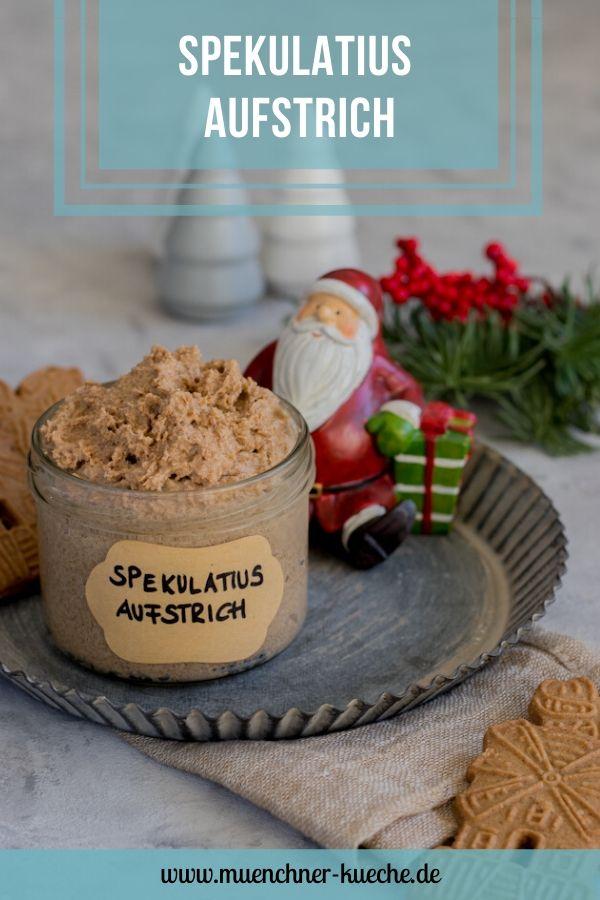 Dieser köstliche Spekulatius Aufstrich ist ein super Weihnachtsgeschenk aus der Küche. Schnell gezaubert und schön weihnachtlich. | www.muenchner-kueche.de #aufstrich #spekulatius #spekulatiuscreme #spekulatiusaufstrich #weihnachten #geschenk #geschenkeausderküche