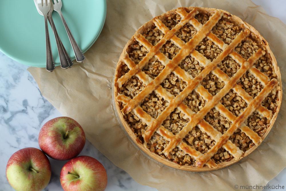 Einfacher Apfelkuchen Mit Marzipan Und Murbteigboden