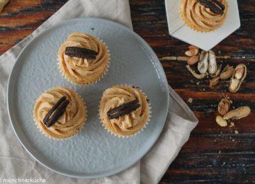 Cupcakes mit Erdnussbutterfrosting.