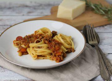 Der allzeit Klassiker Spaghetti Bolognese oder auch Ragù alla bolognese genannt.