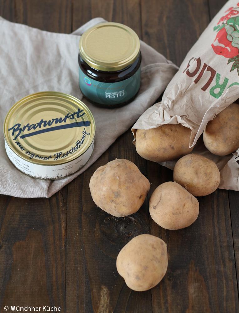 Im Paket befanden sich Bratwurst, ein Wildkräuter Pesto und Kartoffeln für das Rheinhessen Roulette.