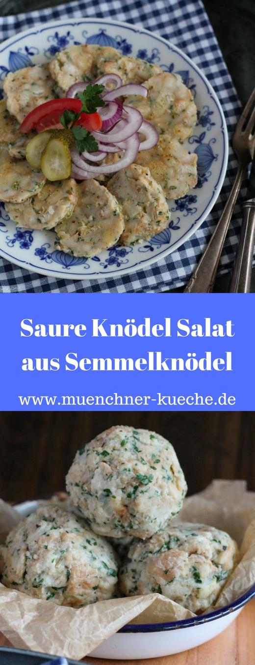 Saure Knödel ist ein Salat, der aus kalten Semmelknödeln hergestellt wird. In Bayern sehr oft zu finden | www.muenchner-kueche.de #knödel #semmelknödel #salat