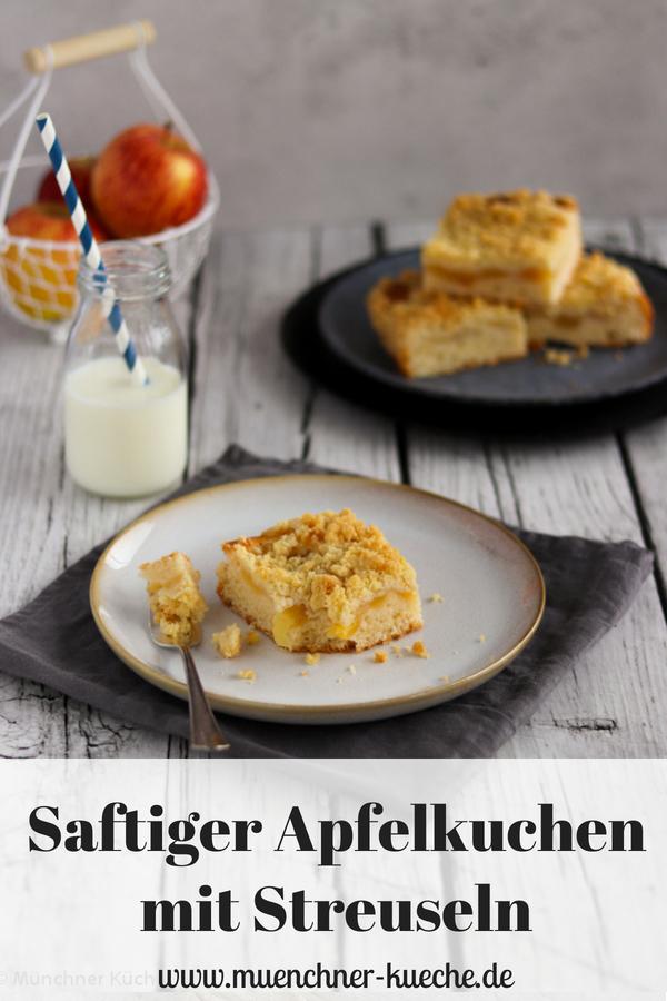 Wie Omas Apfelkuchen mit Streuseln. Das Rezept für den Blechkuchen, ganz ohne Pudding findet ihr jetzt auf dem Blog. | www.muenchner-kueche.de #apfelkuchen #streusel #apfelmus #blechkuchen