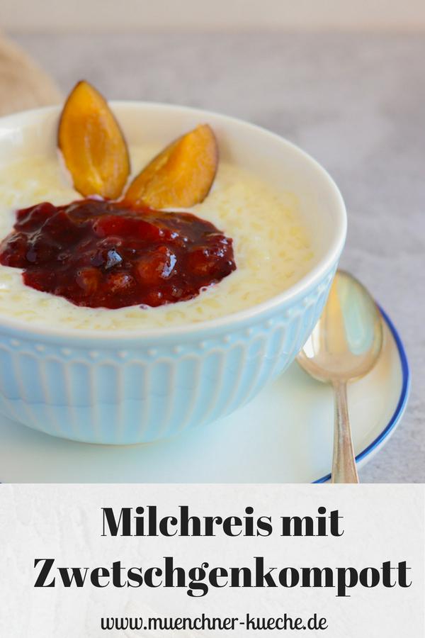 Eine große Schüssel von Omas Milchreis. Hier mit Zwetschgenkompott. Für mich Soulfood pur. | www.muenchner-kueche.de #milchreis #zwetschgen #kompott #soulfood #nachtisch