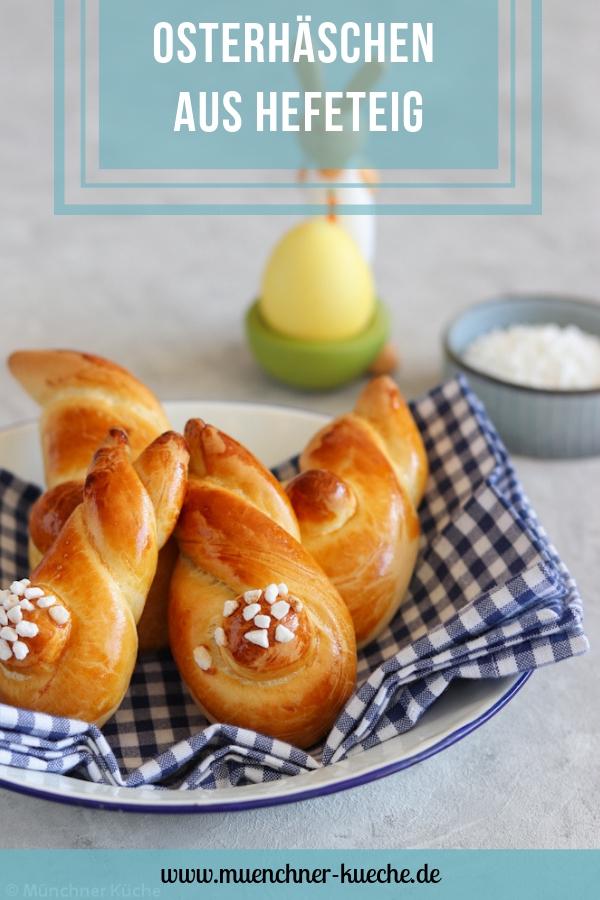 Süße Hefehasen aus Hefeteig. Perfekt für Ostern. | www.muenchner-kueche.de #ostern #hasen #hefehasen #hefeteig #backen
