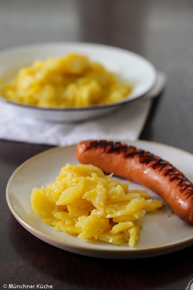 Kartoffelsalat mit Brühe. Typisch Schwäbisch.