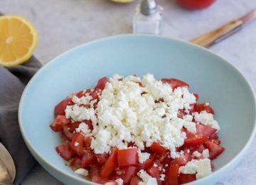 Leichte Küche: Tomaten-Feta-Salat