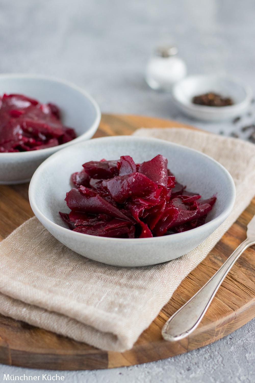 Einfach und lecker: Rote Bete Salat.